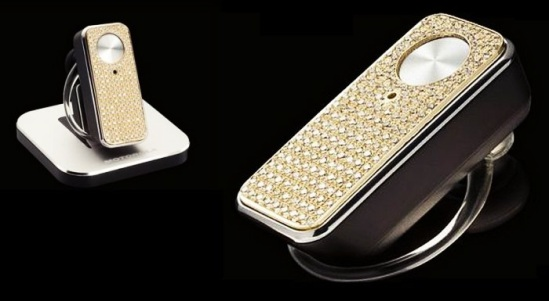 Most-Expensive-Tech-Accessories-for-Women-Top-5-4.Motorola-Motopure-H12-Bluetooth-Headset-6.547